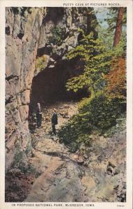 Iowa McGregor Putty Cave At Pictured Rocks Curteich