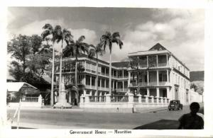 mauritius, PORT LOUIS, Government House and Queen Victoria Statue (1950s) RPPC