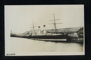 LS2125 - UK Liner - America , built 1884 - postcard