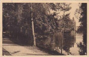 France Beaune Un coin du parc de la Bouzaize 1912
