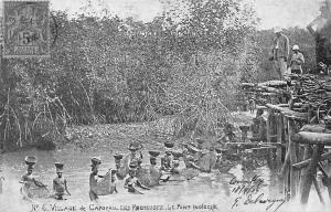 Guinea Village de Caporau, Les Pecheuses, Pont Indigene, pottery 1918