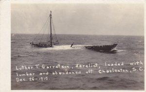 RP: CHARLESTON, S.C. , 1915 ; Shipwreck of Luther T. Garret