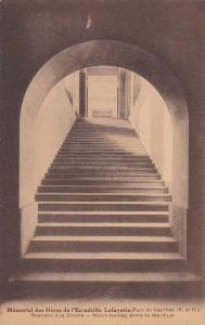 Memorial Des Heros De l´Escadrille Lafayette- Parc De Garches, Stairs Leadin...