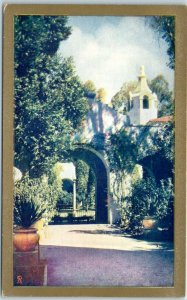 1935 CPIE San Diego Expo Postcard Patio of the PALACE OF PHOTOGRAPHY Unused