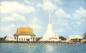 Thailand Phra Chedee Klang Nam, Chao Phraya River  Phra Chedee Klang Nam, Cha...