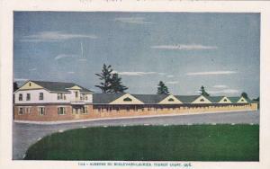Exterior View, Motel Jacques Cartier, Tourist Court, Quebec, Canada, 40-60's