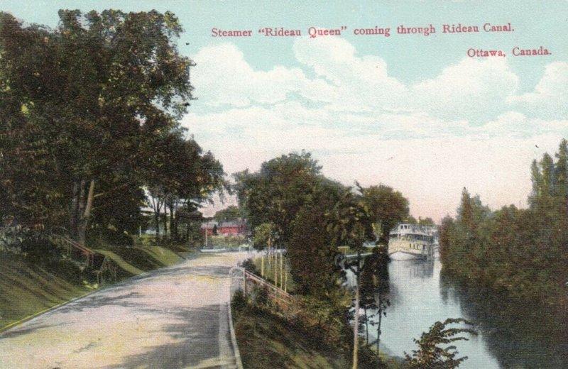 OTTAWA, Ontario,  00-10s; Steamer Rideau Queen coming through Rideau Canal