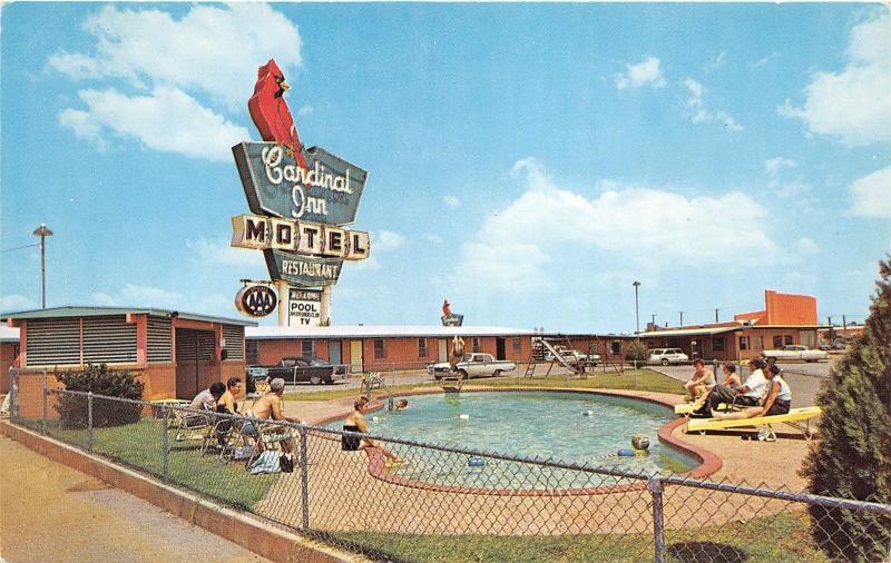 Wichita Falls Texas Cardinal Inn Motel Families Around Swimming Pool 1950s Pc Hippostcard