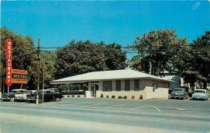 Nashville Tennessee~Vaughan's Restaurant & Motel~Nice 1950s Cars~Postcard