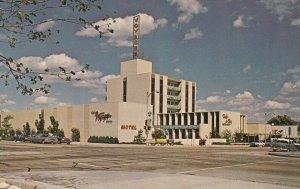 PEORIA, Illinois, 1950-1960's; The Voyager Inn