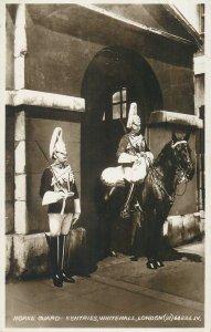 Postcard UK England London, Middlesex horse guard sentries Whitehall