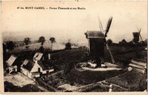 CPA MONT-CASSEL - Ferme Flamande et son Moulin (391251)