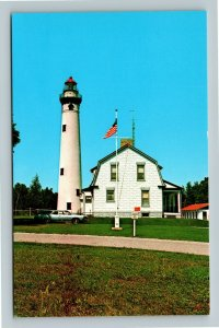 Presque Isle MI- Michigan, Presque Isle Lighthouse, Vintage Chrome Postcard