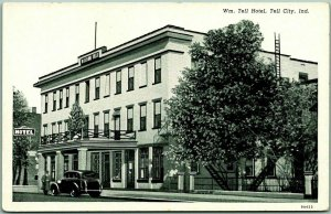 Tell City, Indiana Postcard WILLIAM TELL HOTEL Building / Street View c1940s
