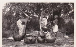 Africa Nude Topless Senegal Autour du puits