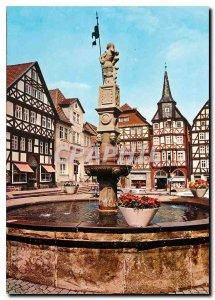 Modern Postcard Fritzlar. Marktplatz mit Rolandsbrunnen