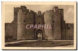 Acute Dead Old Postcard The door to the Queen