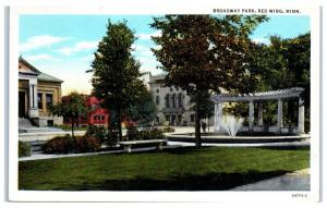 1943 Broadway Park, Red Wing, MN Postcard