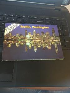 Vintage 80s Royal 14 View Pictorial Folder, Seattle Washington #2
