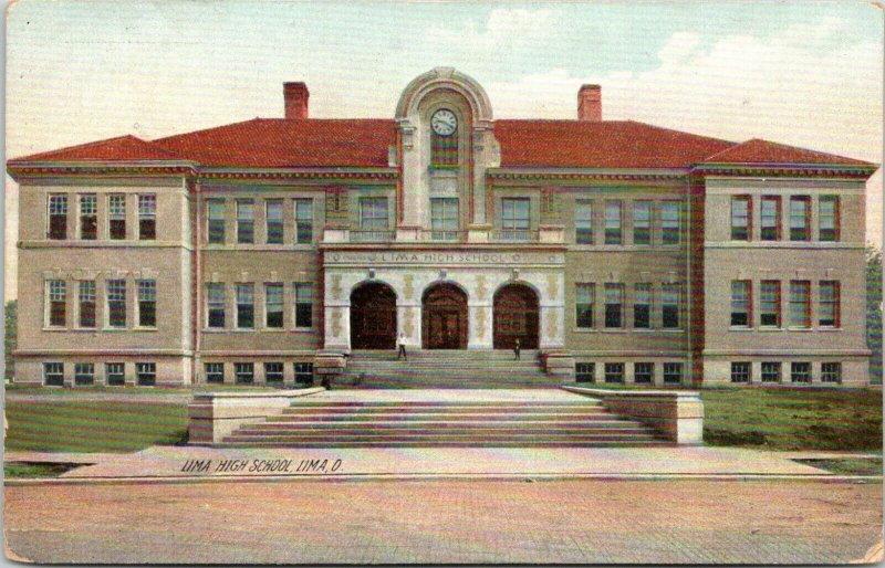 Lima Ohio~Lima High School~Clock Over Triple Door Entrance~Students on Steps~'08