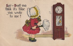 Girl wearing bonnet, duster, Grandfather Clock, PU-1915