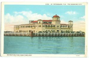 Recreation Pier from Tampa Bay, St. Petersburg, Florida, unused Postcard
