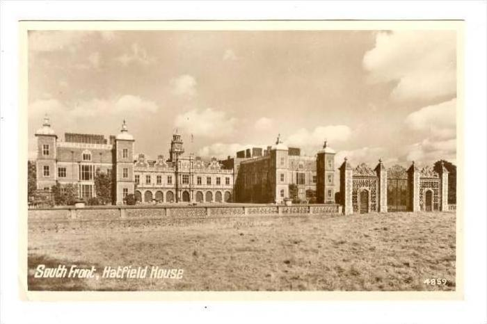 RP, The South Front Of Hatfield House, Hertfordshire, England, UK, 1920-1940s