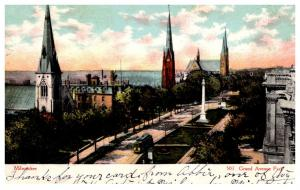 Wisconsin  Milwaukee  , Grand Avenue Park