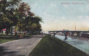 OTTAWA, Ontario, Canada; Driveway, PU-1909
