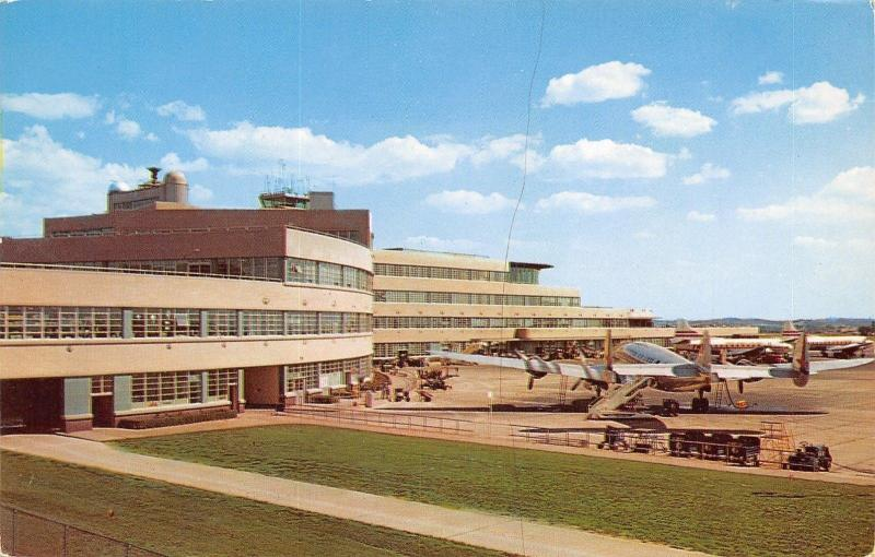 Pittsburgh Pennsylvania~Airport~1960 Postcard