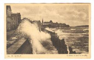Le Sillion un jour de tempete, St. Malo, Ille et Vilaine, France, 00-10s