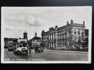 Germany: Berlin, Am Schlobplaatz mit Stabtbibliothek c1929 RP shows Buses & Cars