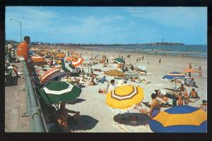 Hampton Beach, New Hampshire/NH Postcard, Colorful Beach Scene, 1975!