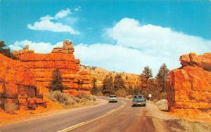 UT, Utah  50's CARS in RED CANYON~Highway 12 to BRYCE CANYON  Chrome Postcard