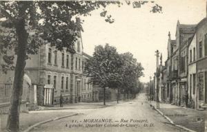 CPA AK MORHANGE - Rue Poincare. A gouche Quartier Colonel-de-Cissey (170066)
