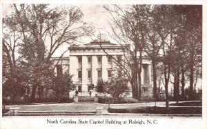 Raleigh NC UNUSUAL SIDE VIEW~State Capitol Building B&W 1920s Postcard
