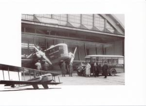 CZECH AIRLINES, FARMAN F26 GOLIATH, unused modern Postcard