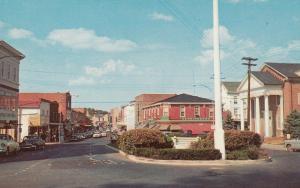 MILFORD, Delaware, 1940-60s; Looking North On Walnut Street