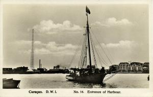 curacao, D.W.I., WILLEMSTAD, Entrance of Harbour, Sailing Ship (1920s) RPPC 16
