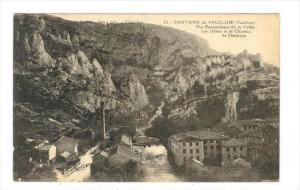 FONTAINE de VAUCLUSE (Vaucluse) , France, 00-10s, Les Usines et le Chateau de...