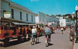 Main Street , MACKINAC ISLAND , Michigan , 40-60s