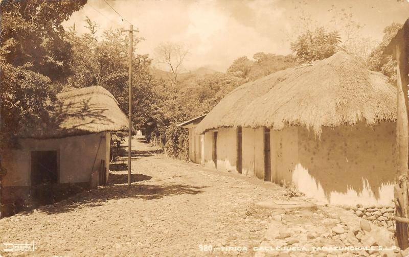 Tamazunchale San Luis Potosí MX~Thatch-Roofs on Back Street~RPPC 1940s