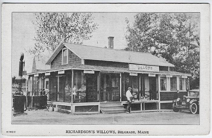 Belgrade ME Richardson's Willows Restaurant Gas Station Old Car Postcard