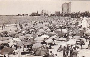 RP: Beach , MONTEVIDEO , Uruguay , 20-40s
