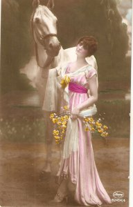 Pretty lady with her horse Nice vintage German postcard