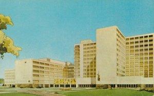 LEXINGTON , Kentucky , 1950-60s ; Medical Center , University of Kentucky