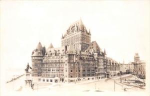 10123 Quebec 1930's Chateau Frontenac RPC