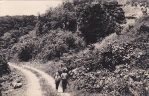 RP: Kids walking on road , BOQUILE , Panama , 1960