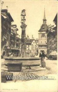 Berne Germany, Deutschland Postcard Pfeiferbrunnen Berne Pfeiferbrunnen