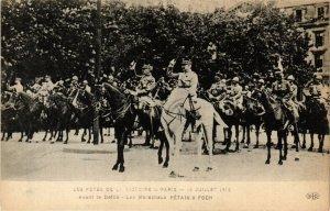 CPA MILITAIRE Avant le Défilé-Les Maréchaux Pétain & Foch (317449)